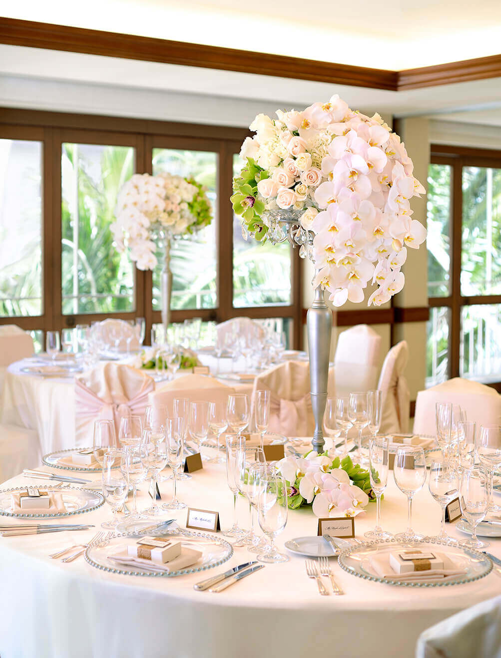 Floral arrangements adorn the tables in the Kalia & Keawe Rooms