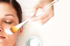 Woman receiving a spa facial at SpaHalekulani