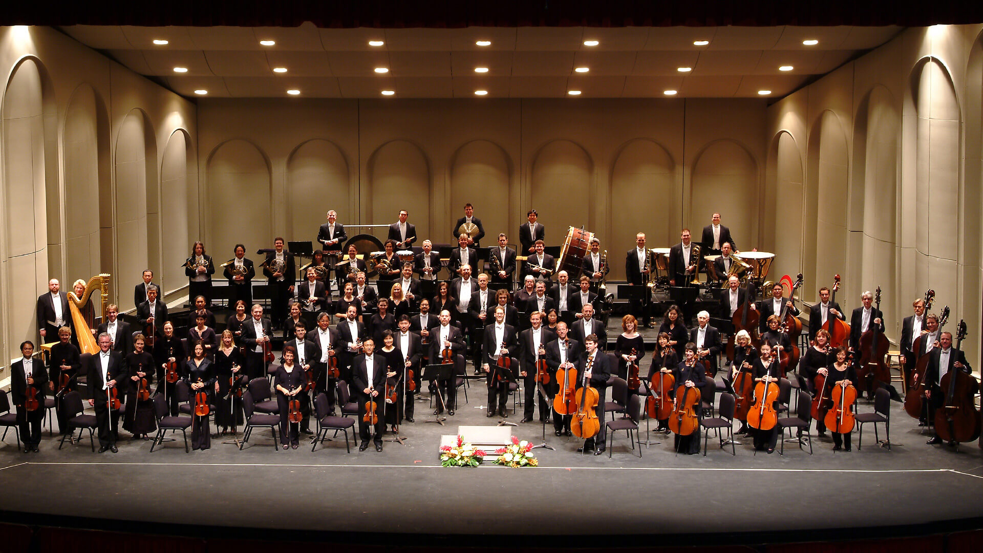 Hawaii Symphony Orchestra on stage